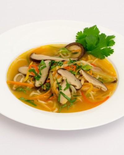 Asiatische Suppe mit Shiitake