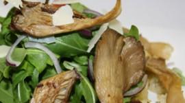 Mediterraner Salat mit Austernpilzen